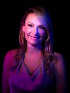 """Jennifer """"Jen"""" Tindall Professional Headshot"""